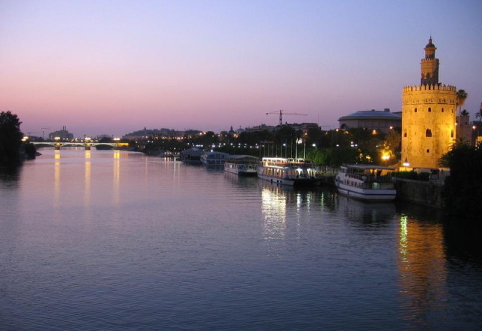 evening-in-sevilla-1542567-640×480